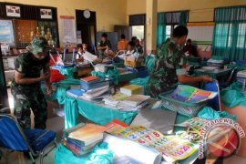 Sekolah Terpencil Di Nagan Raya-Aceh Mendapat Bantuan Pengajar Dari Prajurit TNI