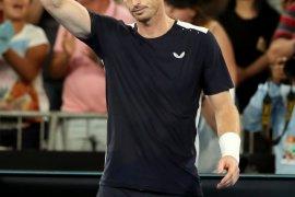Andy Murray kembali bermain setelah operasi panggul