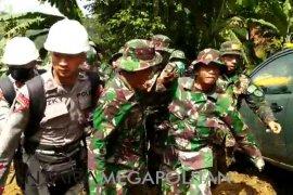 11 korban bencana tanah longsor belum ditemukan