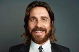 Christian Bale aktor terbaik Golden Globes 2019