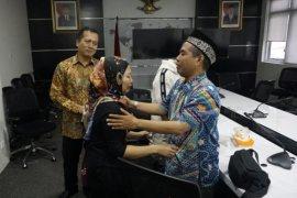 Kemlu pulangkan dua WNI terbebas hukuman mati dari Malaysia