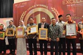 Harry Hikmat Meraih Best in Professional & Leadership 2019