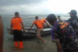 Polisi Tangkap Penyebar Hoaks Gelombang Tinggi di Perairan Karawang