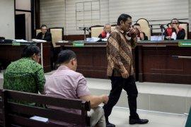 Bupati Tulungagung Nonaktif Syahri Mulyo Dituntut 12 Tahun Penjara