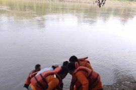 Satu lagi korban mobil tercebur ke Sungai Wampu ditemukan