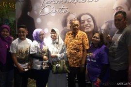 Wawalkot Bekasi komentari penampilan anaknya di film