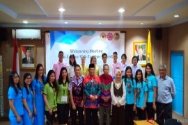 ULM receives 16 foreign students to practice teaching in Banjarmasin
