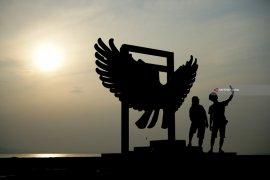 Matahari Terbit Pertama Di Pulau Jawa