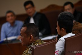 Nurhadi, mantan Sekretaris MA ditetapkan tersangka suap Rp46 miliar