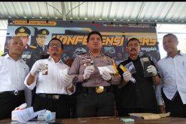 Polisi Tangkap Komplotan Pengedar Narkoba di Trenggalek