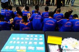 26 pengedar narkoba sekitar Karawang ditangkap