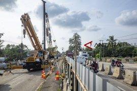 Pembuatan akses jalan pelabuhan