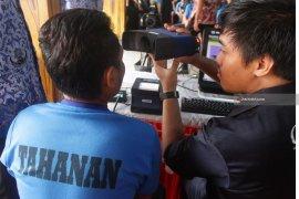 Warga Binaan Lapas Madiun Lakukan Perekaman KTP Elektronik