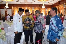 Ansharuddin promotes potentially rare local fruit of Balangan
