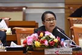 Menteri Yohana: tangani kekerasan antar-anak dengan peradilan anak