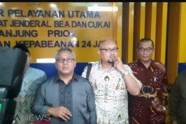 KPU datangi Bea Cukai Tanjung Priok