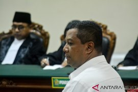KPK tahan mantan Kadis PUPR Kabupaten Mojokerto Zainal Abidin