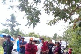 Akses bandara Kuabang di blokade 13 KK