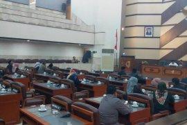 Jadi Terpidana Korupsi, Ketua DPRD Jember Thoif Zamroni Diberhentikan