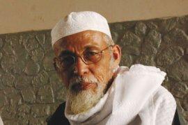 Ustadz Abu Bakar Baasyir dibebaskan