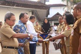 12 OPD Ambon terima penghargaan dari Ombudsman
