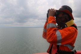 Perahu dengan 15 penumpang hilang di perairan Raja Ampat