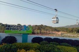 Kereta gantung Ngong Ping, cara menikmati Hong Kong dari ketinggian
