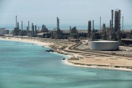 Al-Sudais denounces attack over Aramco's pumping stations