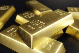 Harga Emas meningkat tipis, dolar melemah