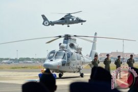 PT DI serahkan helikopter AKS dan CN235-220 MPA ke Kementerian Pertahanan