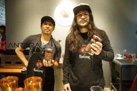 "Ridho ""Slank"" dan Marcello Tahitoe buka bisnis kuliner citarasa Maluku"