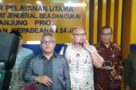 Cek isu kontainer berisi surat suara sudah dicoblos, KPU datangi Bea Cukai Tanjung Priok