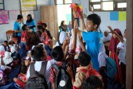 Millenials KS Group Berikan Dukungan Psikososial Anak Terdampak Tsunami