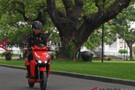 Pemerintah targetkan 2,1 juta unit sepeda motor listrik