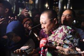 Hakim: Aspri Menpora terbukti terima Rp11,5 miliar