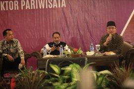 Menpar Rakor Pemilihan Pariwisata Selat Sunda Di Anyer