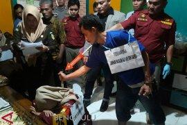 Rekonstruksi pembunuhan satu keluarga di Rejang Lebong libatkan 100 personel