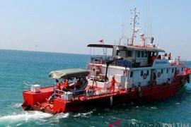 Tim Gabungan Cari Korban Kapal Meledak