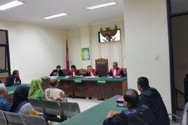 Korupsi Hibah Bansos, Mantan Sekkab dan BPKA Jember Dituntut 18 Bulan Penjara
