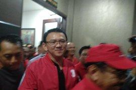 Di Bali, Ahok resmi jadi kader PDI Perjuangan
