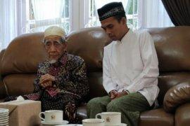 PPP minta kader shalat gaib untuk KH Maimoen Zubair