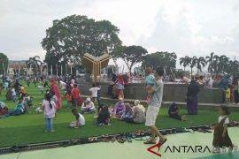 Alun-alun Cianjur jadi tempat wisata favorit baru