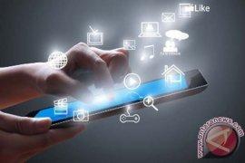 Melalui Pers dan usaha mendorong ekonomi digital