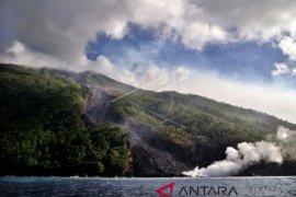 Gunung Karangetang di Sulut Masih Berpotensi Erupsi
