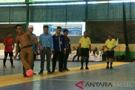 Kepala Dispopar Buka Turnamen Futsal Se Kalselteng