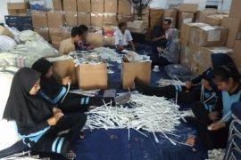 Siswi magang peroleh pengalaman langka mengeset logistik pemilu (video)