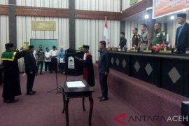 Juliadi dilantik jadi Wakil Ketua DPRK Aceh Singkil