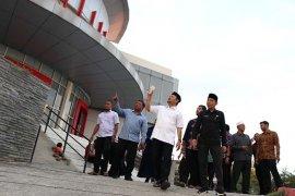 Bupati Aceh Besar tinjau gedung yang akan jadi mal pelayanan publik