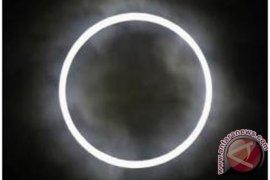 Transit Merkurius usai, siap mengamati gerhana matahari cincin
