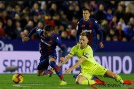 Barcelona ogah perpanjang kontrak Ivan Rakitic